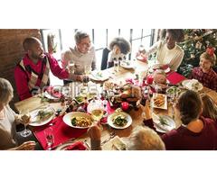 Σοβαρή προσφορά δανείου μεταξύ ατόμων για εορτασμούς στο τέλος του έτους